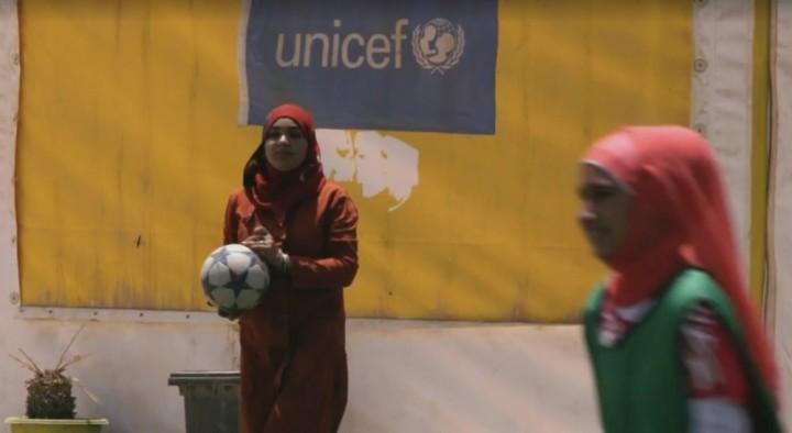 Meninas jogando em Zaatari/Foto:Reprodução