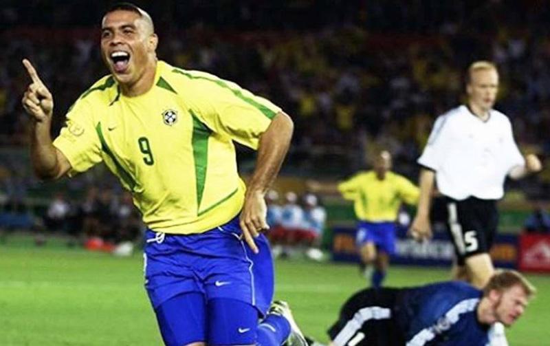 Ronaldo, autor dos gols da final de 2002. Imagem: Reprodução/Internet