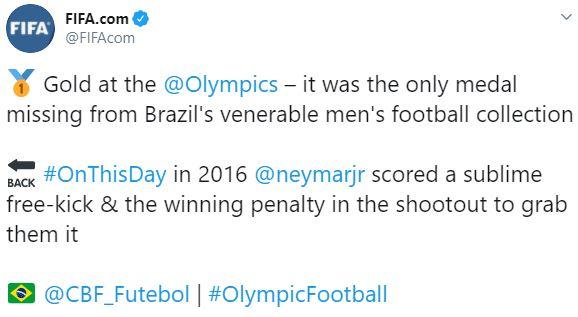 Publicação da FIFA relembrando a conquista brasileira. Imagem:Reprodução/Twitter