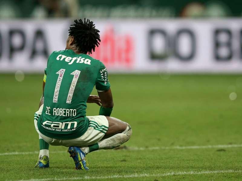 Jogador Zé Roberto teve quase 25 anos de atuação no futebol. Foto: Reprodução/Internet